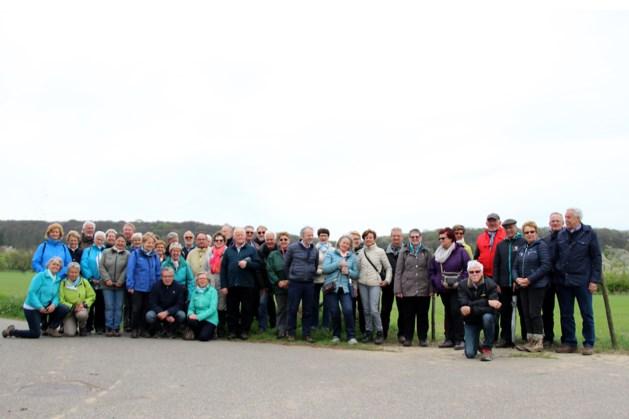 Gosa-Genk wandelt tussen de bloesem in Nederlands Zuid-Limburg
