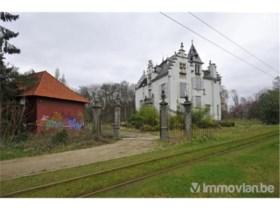 Een kasteel kopen voor een prikje? Dat kan