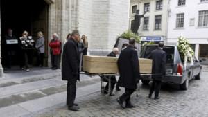 Sereen afscheid van Belgisch slachtoffer van aanslag Stockholm