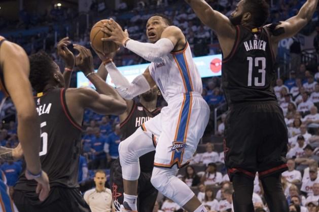 NBA. Oklahoma verkleint achterstand op Houston, Boston klopt Chicago