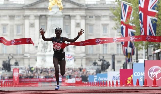 Keniaanse Keitany wint marathon van Londen in toptijd