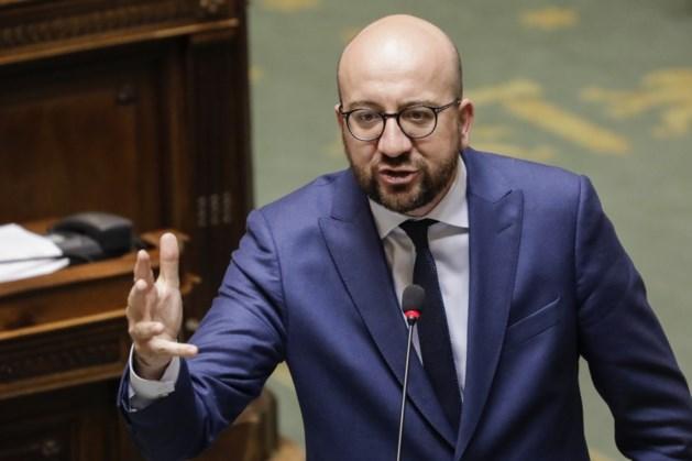 Felicitaties van Vlaams Belang voor Le Pen, Di Rupo en Waalse politici mengen zich in de debatten