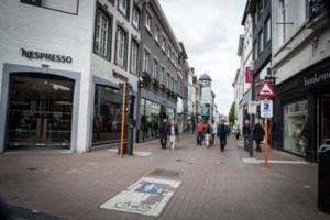 POLL. Shoppen in Hasselt of in Genk?