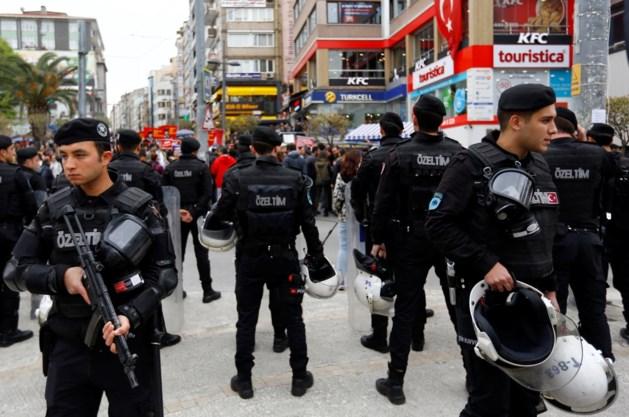 Meer dan 9.100 Turkse agenten geschorst om vermeende banden met Gülen