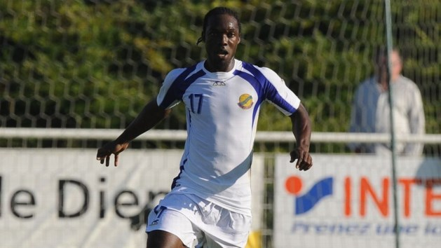 Voormalig Gabonees international Moïse Apanga (35) sterft op training
