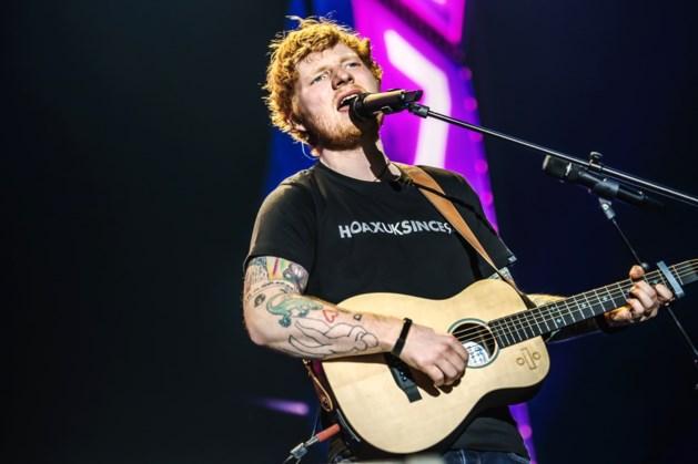 Ed Sheeran klapt uit de biecht over spelfout op tatoeage