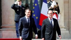 Emmanuel Macron ingezworen als nieuwe Franse president