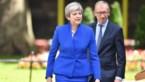 Premier May laat sleutelposten door zelfde politici bemannen