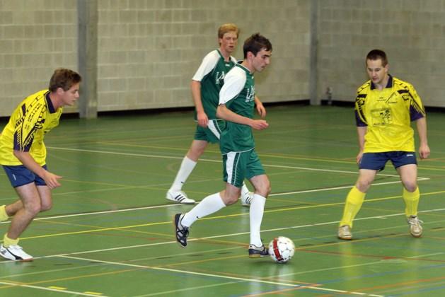 Genkse Zaalvoetbalcompetitie breidt uit