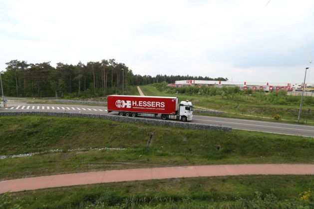 """Essersbos: """"In Limburg leven niet alleen vlinders en paddenstoelen, er wonen ook mensen"""""""