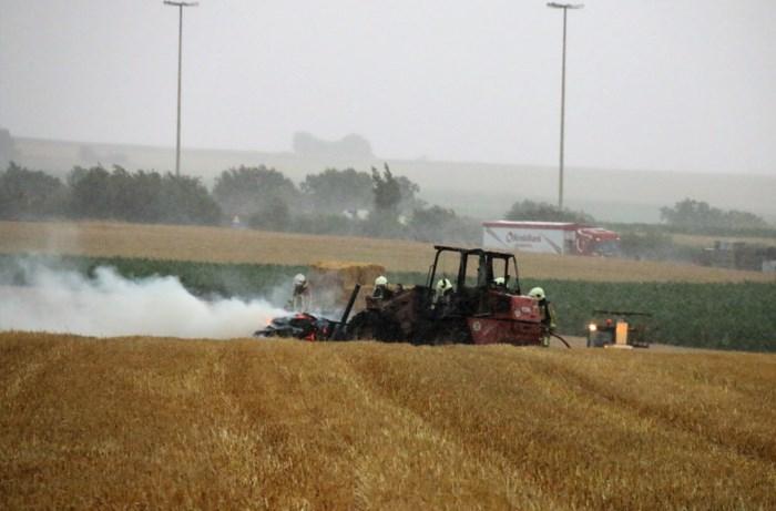 Tractor vat vuur in Millen