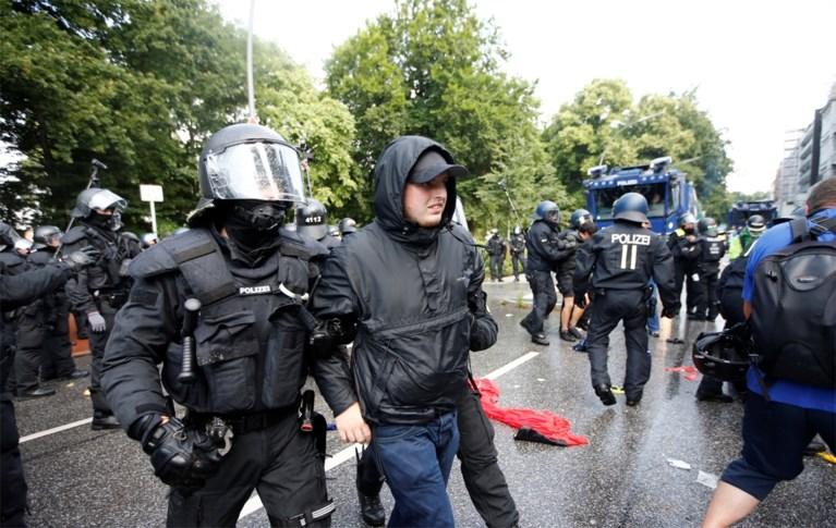 Betogers trekken spoor van vernieling door Hamburg