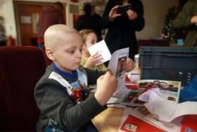 Jongetje (6) dat bijna vijf jaar tegen agressieve kanker vocht, is overleden