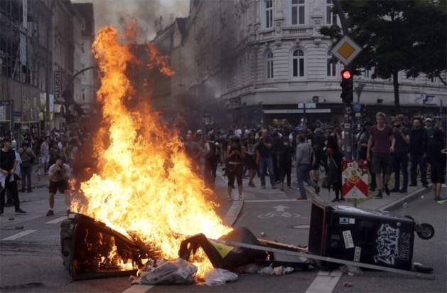 Vrijdagavond opnieuw zware rellen in Hamburg, al meer dan 80 arrestaties