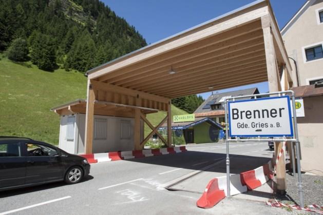 Brennerpas in de Alpen zondag urenlang dicht