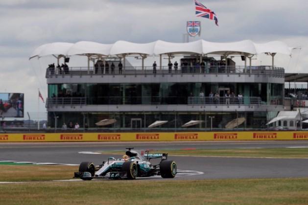Hamilton en Vettel nek-aan-nek tijdens laatste oefensessie, Vandoorne tiende