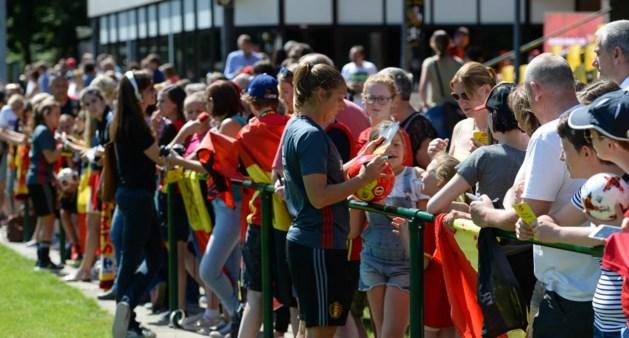 Vierhonderd Belgische fans op open training van Red Flames