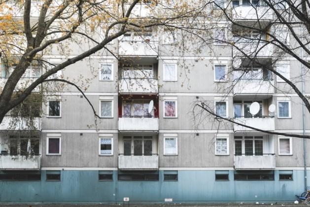 Man springt van balkon na verkeerd arrestatiebevel