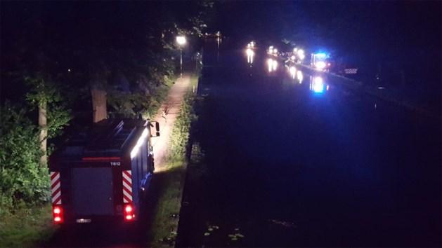 Brandweer houdt grote zoekactie in kanaal: vermiste man blijkt kletsnat thuis te zitten