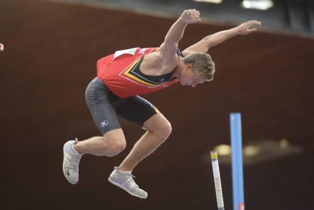 Arnaud Art evenaart Belgisch record polsstokspringen en plaatst zich voor WK