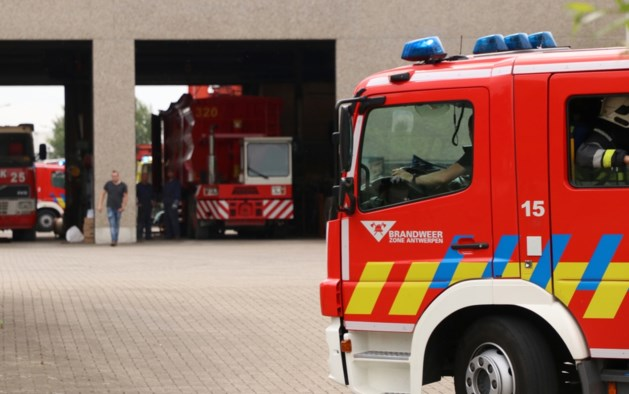 Hevige brand Van Gansewinkel zorgt voor intense geurhinder en rookoverlast