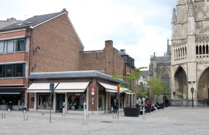 Plat dak op Grote Markt verdwijnt