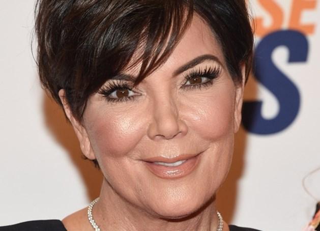 Mama Kardashian (61) poseert in bikini