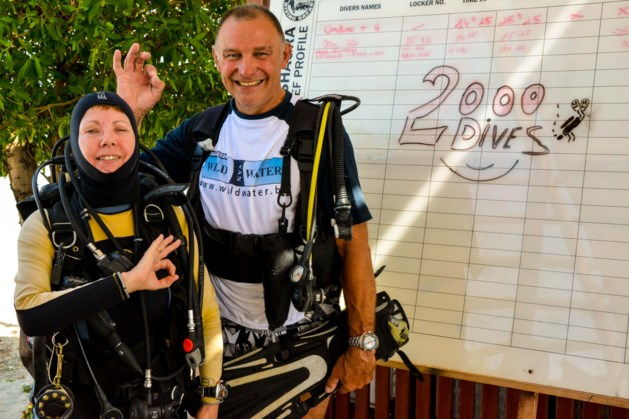 Lei Vanhoef gevierd voor 2.000ste duik