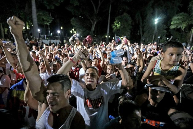 """Minstens tien doden in Venezuela, Maduro spreekt over """"verkiezing van de vrede"""""""