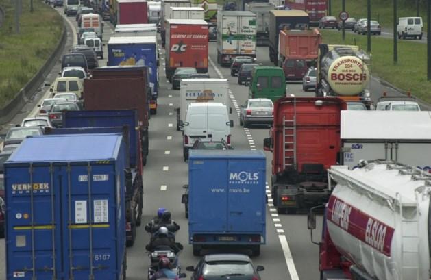 Nieuw 'zwart' verkeersweekend in het verschiet: wanneer u best vertrekt en welke wegen u moet mijden