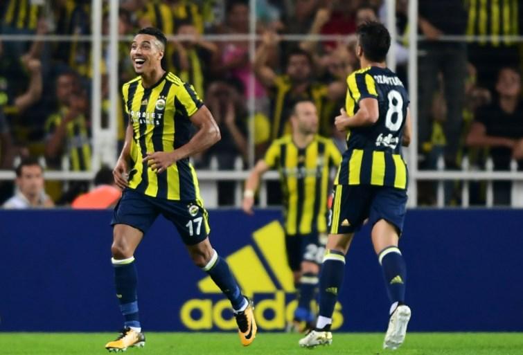 EUROPA LEAGUE. Cyriel Dessers knalt Utrecht naar de volgende ronde, ook Everton met Mirallas geplaatst, PSV uitgeschakeld