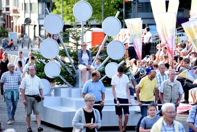 2.000 deelnemers, 4 ommegangen, verkeersvrij centrum: dit mag u verwachten van de Virga Jessefeesten