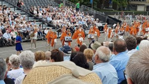Veel volk op tweede Virga Jesseommegang in Hasselt