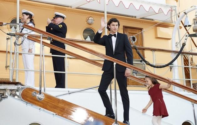 Deense prins viert 18de verjaardag en wordt meteen tot meest begeerde royal gebombardeerd