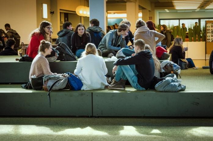 Meer studenten voor UCLL en UHasselt