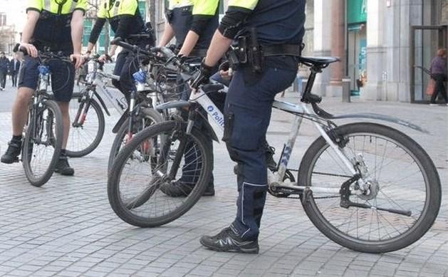 Tientallen jongeren vallen agenten aan in Borgerhout