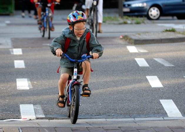 """Test-Aankoop: """"Veel fietshelmen beschermen onvoldoende"""""""