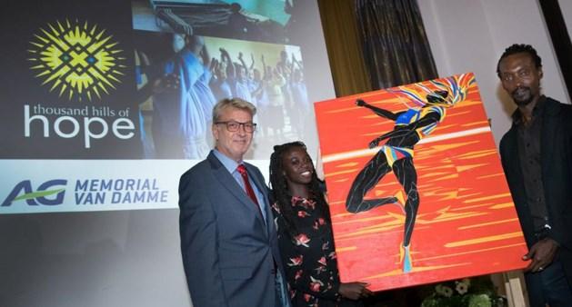 Memorial-schilderij levert 5.000 euro op voor Thousand Hills of Hope