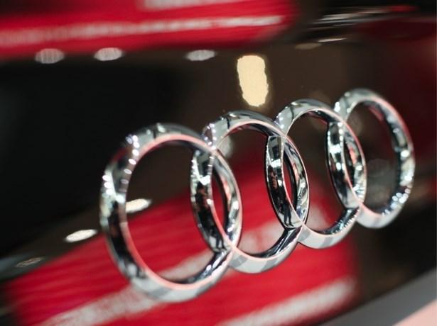 Politie staakt wilde achtervolging Audi wegens te hoge snelheid