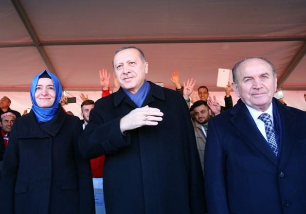 Burgemeester Istanboel stapt op, anderhalf jaar voor verkiezingen