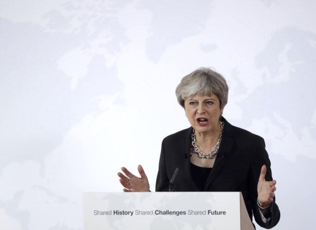 Britse premier May stelt overgangsperiode van twee jaar voor