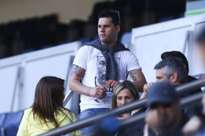 """""""Idiote"""" broer van Lionel Messi is revolverheld: schipbreuk, bloedspatten en geladen pistool aan boord"""