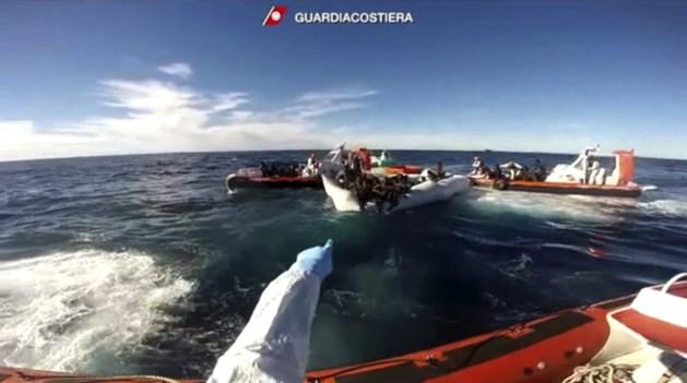 Honderdtal vluchtelingen vermist in Middellandse Zee