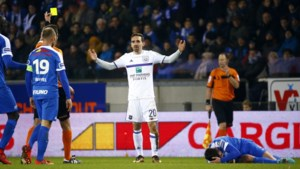 Jupiler Pro League - Reviewcommissie bestraft elleboog van Sven Kums niet
