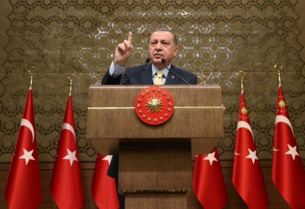"""Erdogan: """"Turkije zal terroristen in Afrin uitroeien""""- Trump belt Erdogan"""
