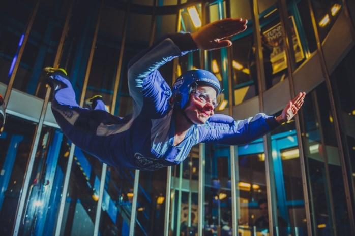 """VIDEO. Onze reporter ging de Indoor Skydive in Roosendaal uittesten: """"Een sensationele ervaring"""""""