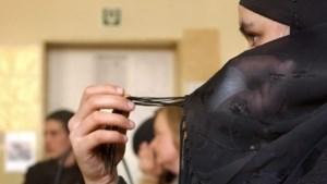 """""""Tijd voor herziening algemeen hoofddoekenverbod op scholen"""""""