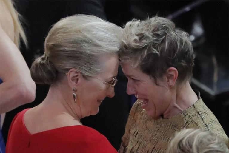 """Dit was de beste speech op de Oscars: """"De actrices! De filmmakers! De producers! De regisseurs! Sta recht!"""""""