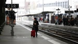 Staking in Frankrijk zorgt voor grote hinder: ook impact op treinverkeer in ons land
