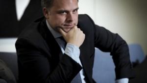 """Uitkeringsfraude aangepakt: """"We gaan op zoek naar wie hier uitkering krijgt en in Nederland werkt"""""""